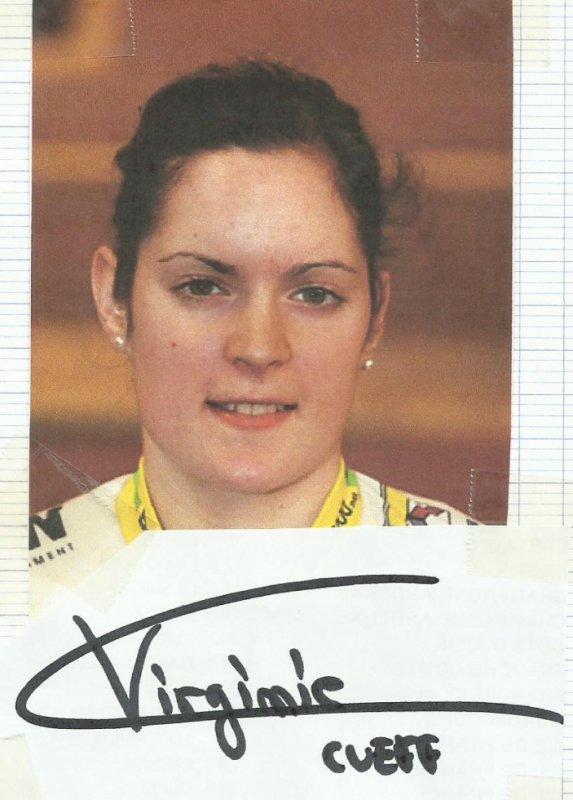 et pour finir pour aujourd'hui encore avec une championne de plusieurs disciplines en cyclistes sur piste j'ai nommé virginie cueff