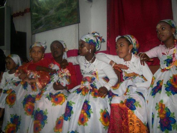 NOS JUNIOR EN MODE MBASIOYO LE 6 NOVEMBRE 2010  A MARSEILLE