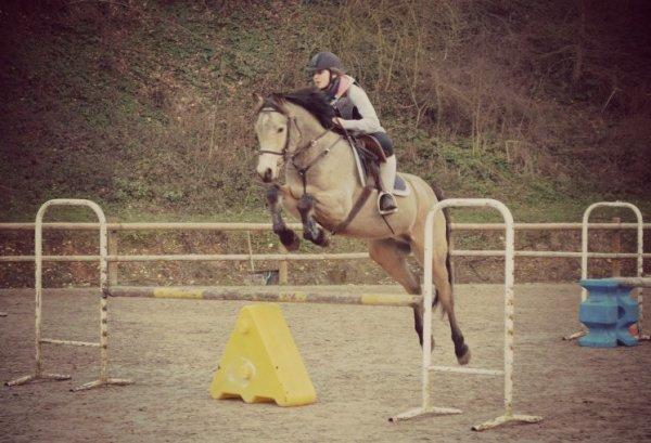 """Monter à cheval transforme le """"je voudrais bien"""" en """"je peux"""