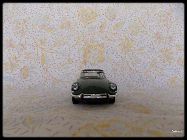 """Citroen ID 19 """"Confort Belgique1963""""."""