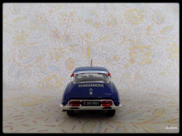 """Citroen D Super """"Gendarmerie 1971""""."""