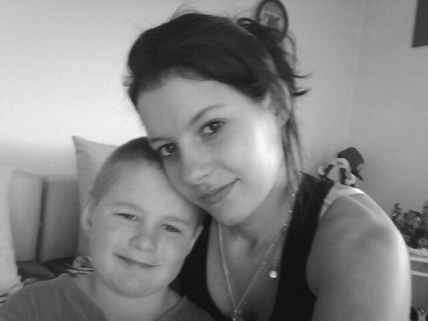 Ma bouille de bébé et moi