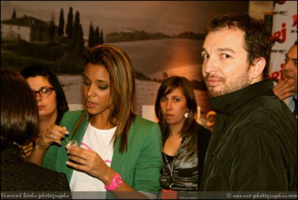 | x   Photos de Shy'm mardi au Caffé Di Parma au Centre Jaude de Clermont-Ferrand • Avec Nrj Clermont x |