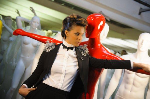   Photos • Shy'm sur le tournage de Collection Printemps/été 2012 ♥ Ce mercredi à 23h50 sur Fr3 Paris Ile de France  