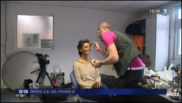     Petite apparition de Shy'm ce midi dans le JT régional France 3 Paris Ile de France • Replay (16:30)    