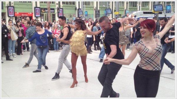 [  Flashmob DALS • Hier Shy'm et Maxime ont fait le show à gare de Lyon ! ]