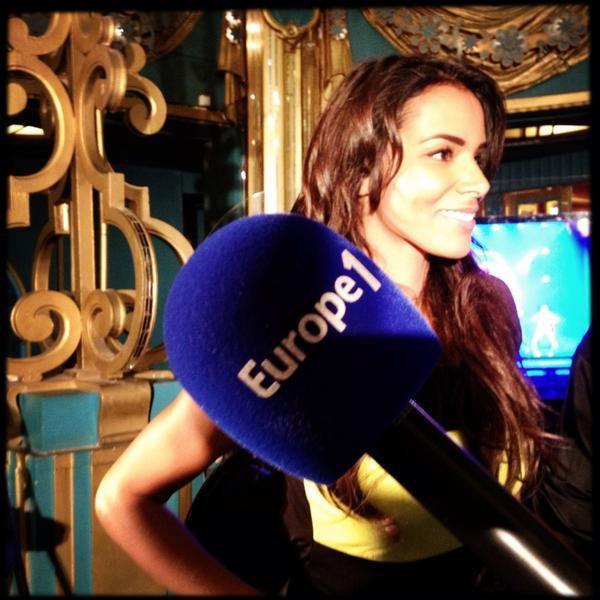 Petite vidéo • Hier soir Shy'm était en direct sur Europe1 pour la première de Salut les copains
