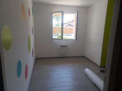 ma salle de jeux construction de notre maison. Black Bedroom Furniture Sets. Home Design Ideas
