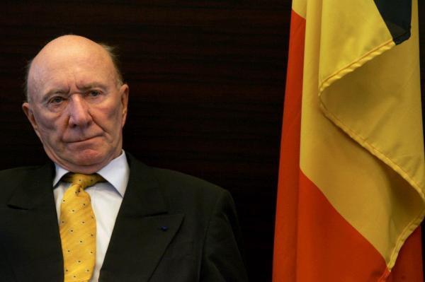 """Stéphane Steeman (82) est décédé à Fréjus: """"Hommage à un humoriste qui a fait rire des générations entières"""","""