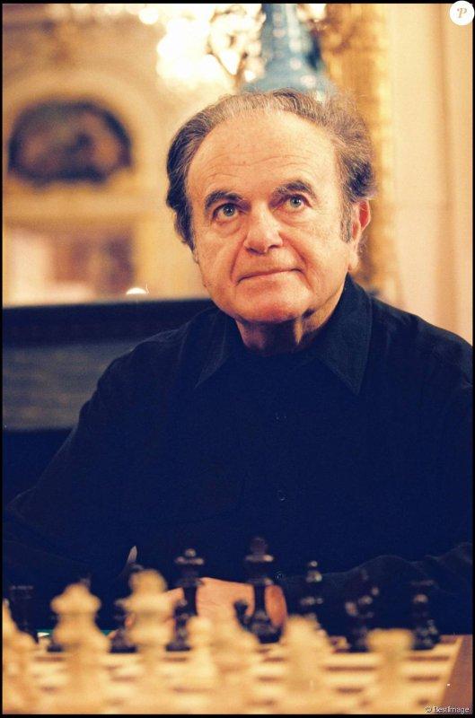 Le chanteur est mort mercredi à l'âge de 85 ans apprend-on de son entourage. Il restera certainement comme le grand chanteur français le plus sous-estimé de tous.