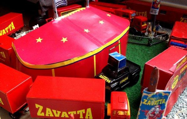 Le chapiteau su cirque Eric Zavatta