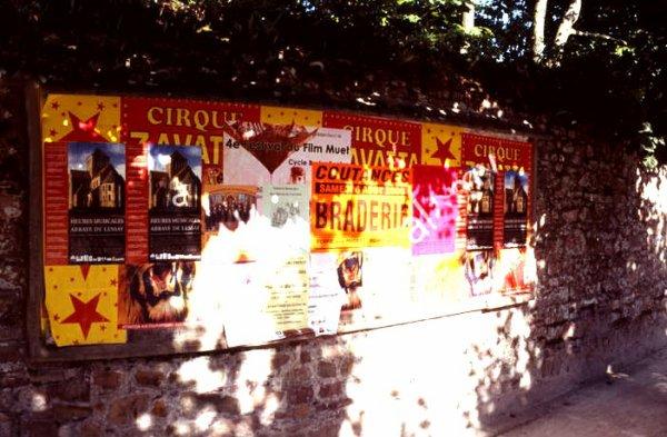Anciennes affiches de cirque Zavatta mordon (utilisé par la famille Fleury)