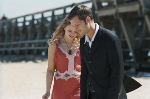 """""""Finalement, j'pense que je te veux seulement quand tu ne veux pas de moi. J'te préfère en rêve, au moins là, tu ne me déçois pas. """""""