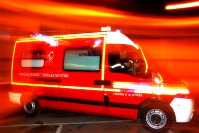 les sapeurs pompiers : aider ; sauver; prévenir ; mourir ; souffrir ; organiser ; solidaire ♥♥