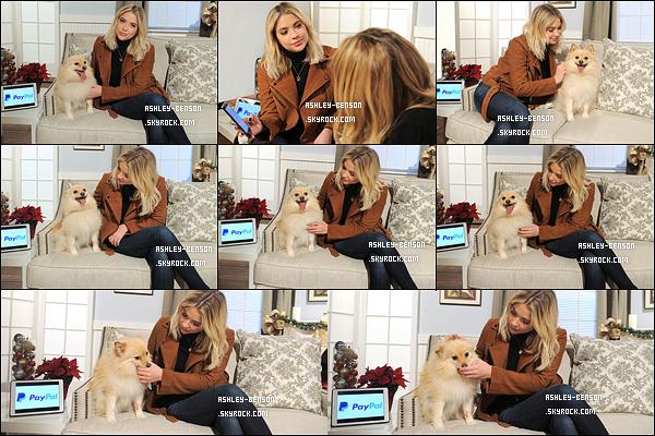 29/11/16 : Notre blondinette s'est rendue à la promotion de #GivingTuesday par PayPal, dans New York City. Qu'elle était jolie notre Ashley, ce jour-là. Et comme toujours, on la voit proche du chien qui était présent. Elle est géniale cette fille ![/font=Arial]