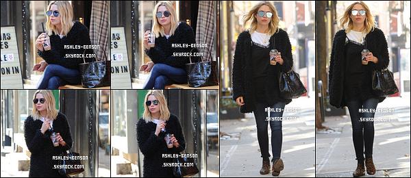 09/12/16 : Miss Ashley a été photographiée par les paparazzis alors qu'elle se promenait dans Beverly Hills. Je suis fan de la tenue qu'elle porte. C'est simple mais efficace. Je lui accorde donc un top. Et toi, qu'en penses-tu ? Top ou flop ?[/font=Arial]