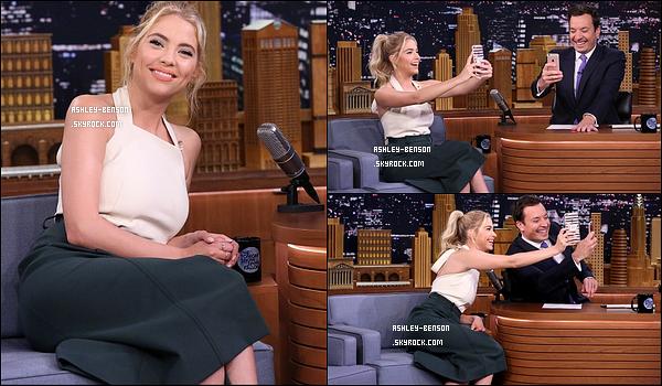 23/06/16 : Ashley était l'invitée de la célèbre émission américaine Tonight Show with Jimmy Fallon, à New York. Les deux en ont profité pour effectuer un face swap sur Snapchat. Les invités s'éclatent toujours dans cette émission, c'est génial. Top ![/font=Arial]