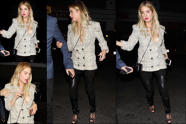 25/02/16 : Blondie a été photographiée à la sortie de l'événement auquel elle s'est rendue avec Isak, à LA. J'aime beaucoup la tenue qu'elle porte, c'est sexy sans être vulgaire. Ca colle à son style. C'est donc un beau top que je lui attribue là.[/font=Arial]
