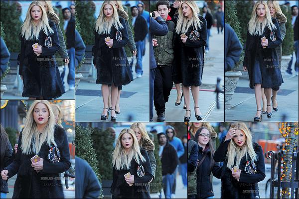 18/02/16 : Ashley Benson, ou devrais-je dire miss perfection, a été aperçue dans les rues de Manhattan. (NY) L'actrice s'était habillée en bombe puisqu'elle s'est rendue au défilé de Marc Jacob pour la Fashion Week. Un énorme top pour elle![/font=Arial]