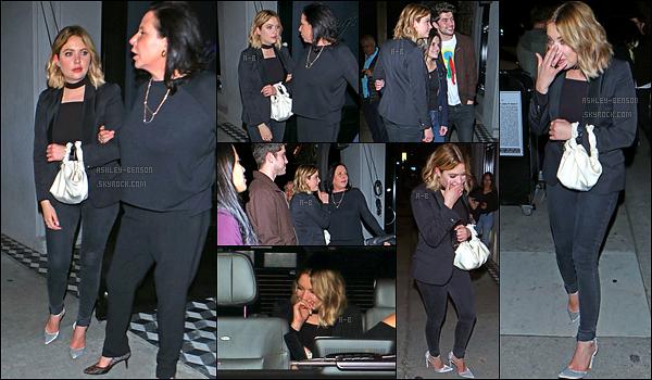 25/03/17 : La sublime Ashley Benson a été aperçue allant dîner au « Catch », un restaurant situé à Los Angeles. Elle a passé la soirée avec Carter Jenkins et d'autres amis. La tenue est la même que pour le PaleyFest donc mon avis reste inchangé.[/font=Arial]