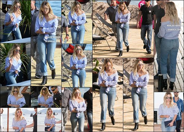21/05/17 : Ashley B, plus belle que jamais, se rendait au M&G qu'elle avait organisé pour ses fans, à Cannes. J'espère qu'ils se rendent tous de la chance incroyable qu'ils ont de la rencontrer. Sinon Ashley était sublime, j'adore sa tenue ! Top.[/font=Arial]