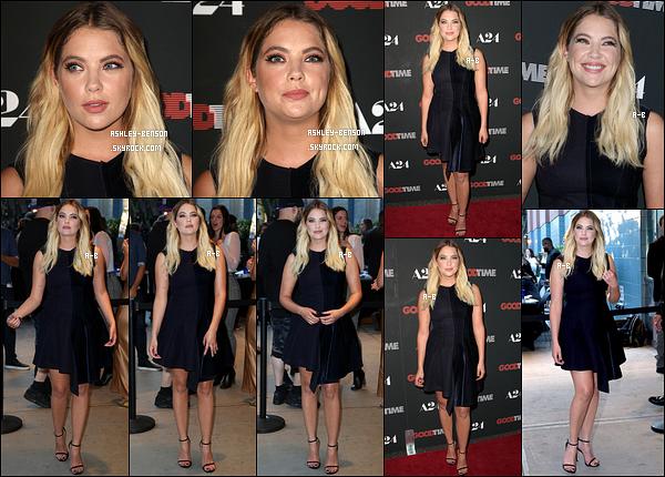08/08/17 : Notre Ashley Benson s'est rendue à la première du film GoodTime dans la belle ville de New York. D'autres stars s'y sont rendues tel qu'Emma Roberts par exemple. Sinon, Ashley reste fidèle à elle-même en portant une robe noire.[/font=Arial]