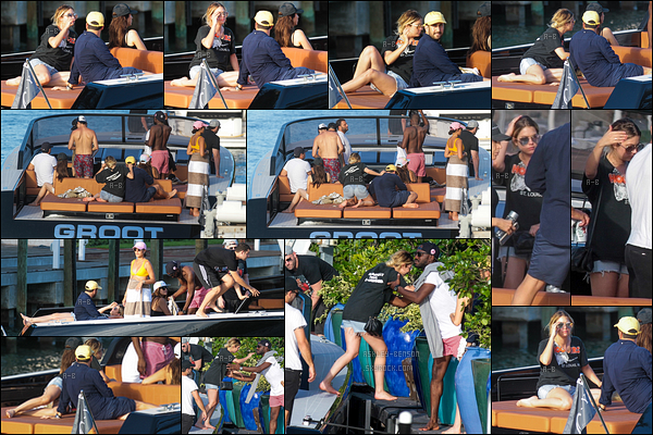 01/07/17 : La miss Benson et ses amis se sont accordés une journée détente sur un petit bateau, dans Miami. Enfin des news d'Ashley qui se fait très discrète ces derniers jours. Pour la tenue, ça a l'air de faire l'affaire pour ce genre de sortie.[/font=Arial]