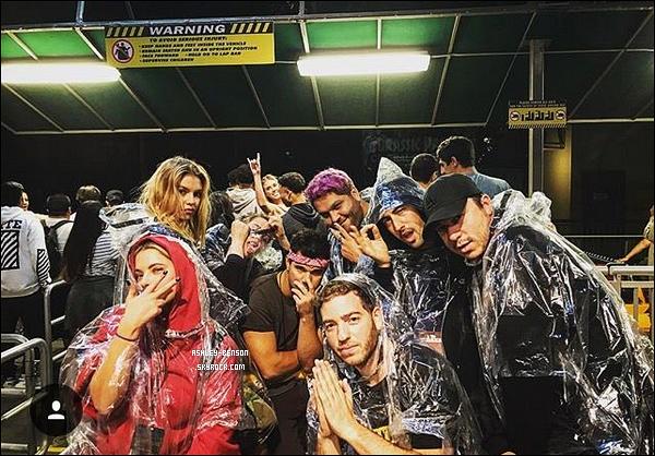 Le 07/10, Ashley était avec Taylor Lautner, Stella Maxwell et des amis à Los A.
