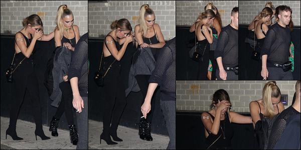 10/09/19 : Ash était à la soirée organisée par Amazon Prime Video pour la collection de lingerie Savage x Fenty. La soirée s'est déroulée au Barclays Center dans Brooklyn. Elle a à nouveau posé seule bien qu'elle s'y soit rendue avec Cara... Top ![/font=Arial]