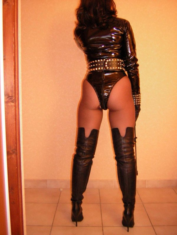 Maitresse Carol 2