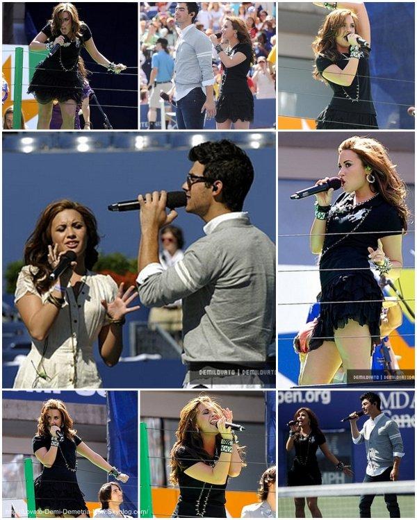 Actualité :                     28 Aout 2010 : Demi et les Jonas Brother se rendant au Arthur Ashe Kids' Day .