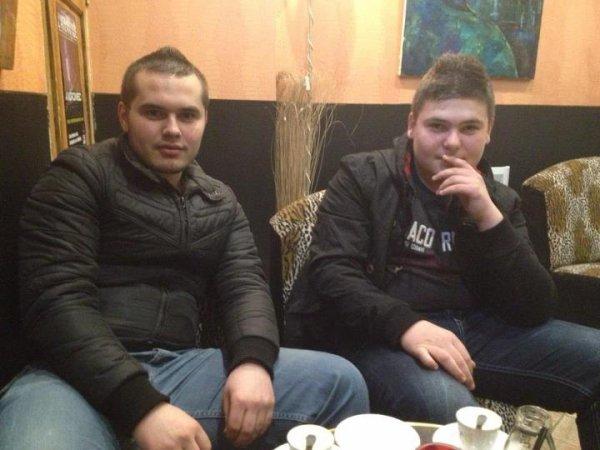 Toujours la les kosovar
