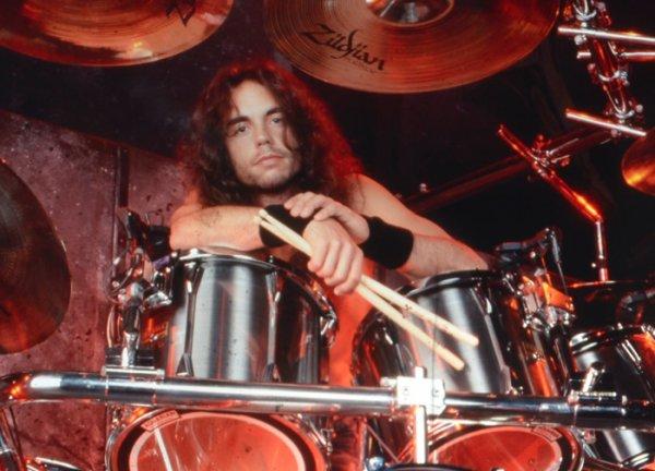 R.I.P Nick Menza (ancien batteur de MEGADETH)