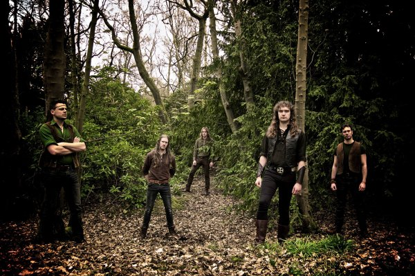 DARK FOREST:Beyond the Veil-nouvel album (26/8/16)