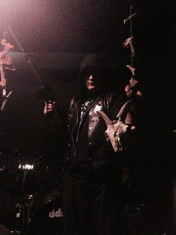 A.M.S.G  (Ad Majorem Satanae Gloriam):Hostis Universi Generis-nouvel album (29/7/16)