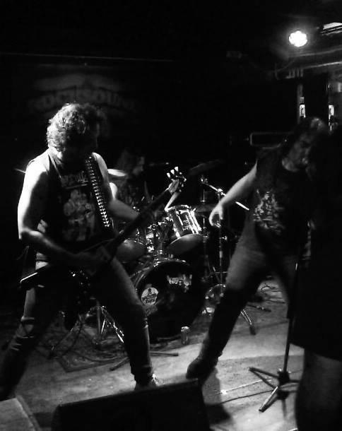 INSULTERS:Metal Still Means Danger-nouvel album (1/1/17)      XI/XVI