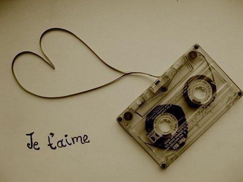 Je t'aime plus qu'hier mais moins que demain ♥ ...