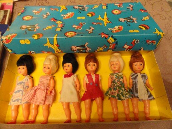 des poupées des années 60...