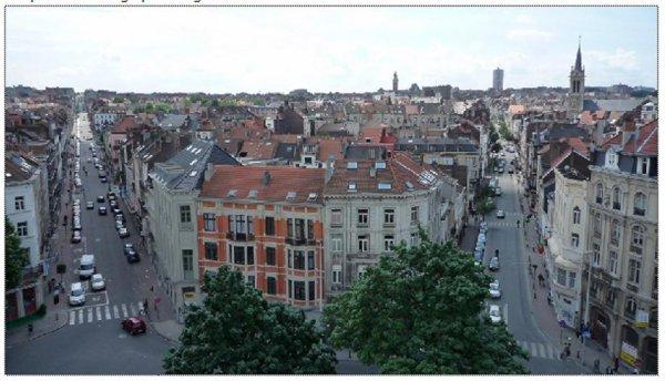 c.p.a.s. de saint gilles (wikipédia) rue de la victoire à regrets , pas beaucoups de photo de saint gilles