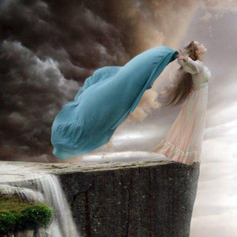 أحلام مستغانمي, فوضى الحواس