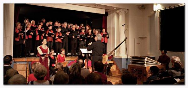 10 décembre 2011 - Concert de Noël de notre chorale à la salle Godefroy ..