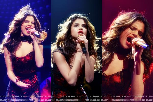 Nouvelle statue de cire de Selena.