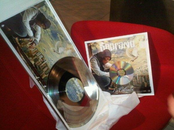 ZINO pour la remise du disque de platine de SOPRANO
