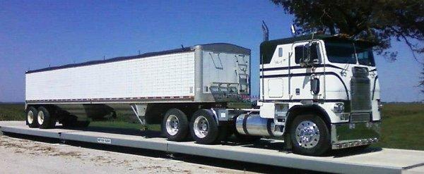 le cabover de la semaine !! des freightliner