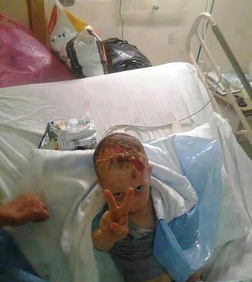 Allah ikhalli hal awlad palestinos, mashallah 3alehom! Beraf3u ras , la imagen habla por si sola , inna allah ma3a sabirin!! allahoma onsornhm fe palestina , inchalah sawfa ya2ty yawman no7arero fehe algodsa w notaheroha , allahoma amen