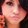 Selena--------G0mez