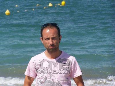 mon frère est parti a 41 ans le 25 juin 2011 bisous je t'aime !!!!!