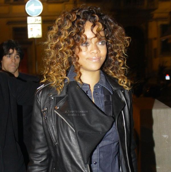 . 12/12/11 : Rihanna dans les rues de Milan se rendant à une afterparty, en Italie. Top ou Flop ? .