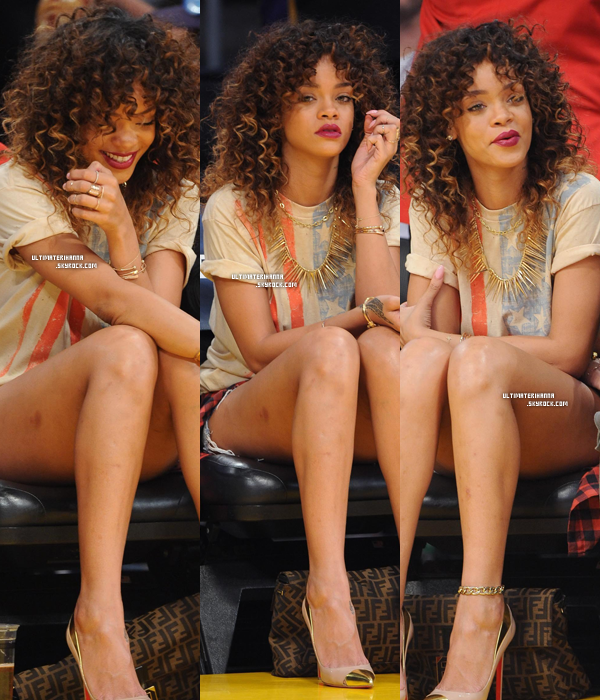 . 08/01/12 : Rihanna F assistant à un match de basket à Los Angeles. Top ou flop pour ses cheveux  ? .