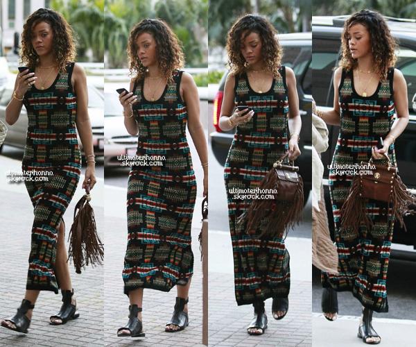 . 13/01/12 : Rihanna, a été aperçue se rendant à un rendez-vous médical au centre UCLA. Flop ou top ? .